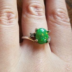 NWOT Stunning Green Triplet Opal Ring